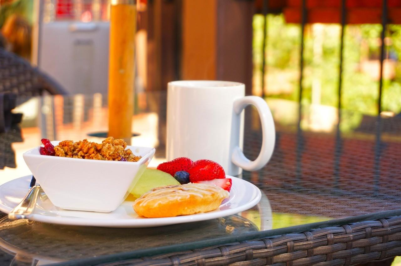 breakfast-618461_1280