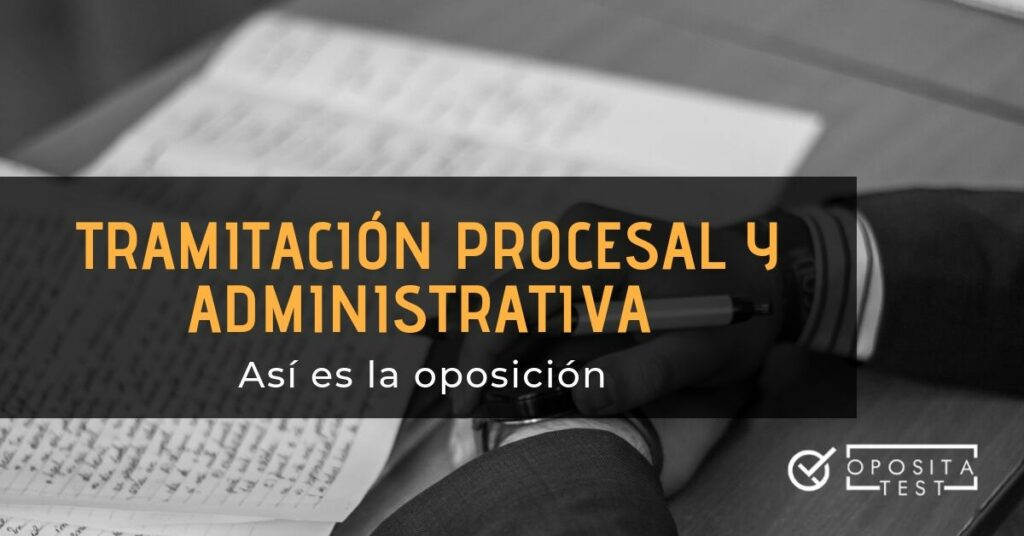 Hombre con bolígrafo y documentos escritos a mano para ilustrar cómo es la oposición a tramiitación procesal y administrativa