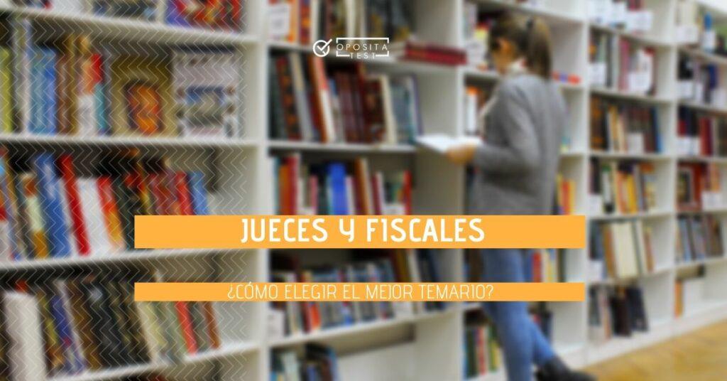 Imagen genérica fuera de foco de persona en biblioteca para acompañar entrada en la que se analizan los diferentes temarios para jueces y fiscales cómo elegirlos