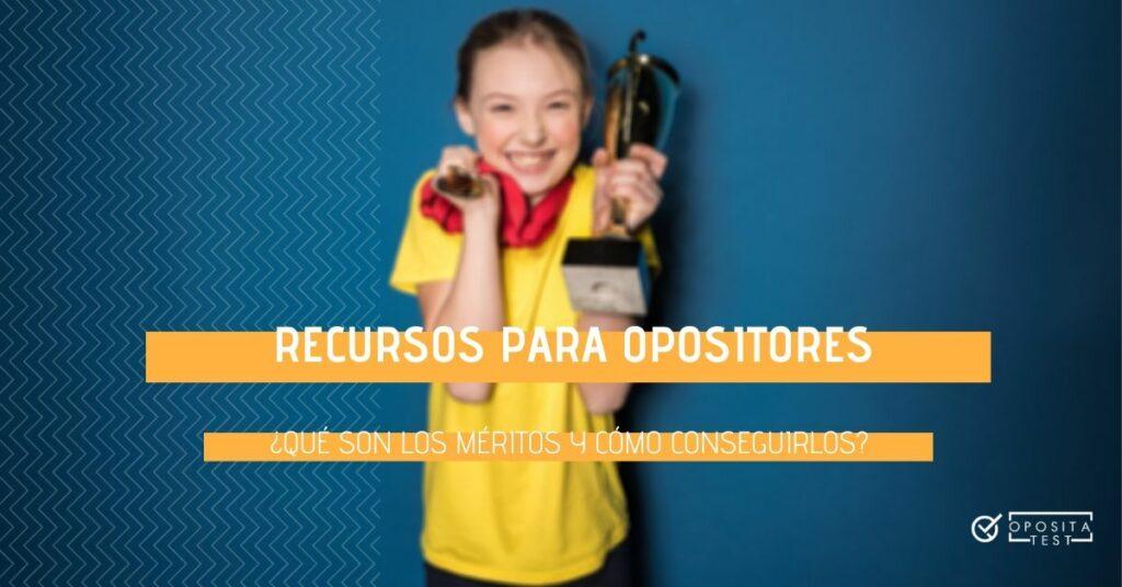 Imagen ilustrativa fuera de foco de persona joven sosteniendo una medalla y un trofeo para acompañar un post en el que se analiza el sistema de méritos en las oposiciones