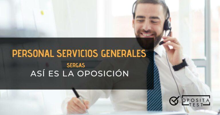 Hombre hablando por teléfono y tomando notas. Toda la imagen está fuera de foco. Se utiliza para ilustrar una entrada sobre la oposición de Personal de Servicios Generales (PSX) del SERGAS.