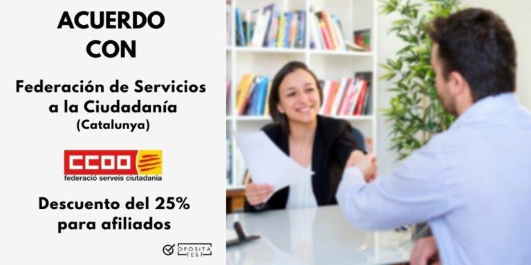 Imagen de dos personas en entorno profesional firmando un trato para acompañar la explicación del acuerdo entre OpositaTest y CC.OO. -delegación de Catalunya- que beneficiará a los afiliados con un 25% de descuento en su suscripción a OpositaTest